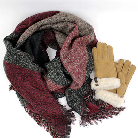 Cozy Accessories Gift Guide